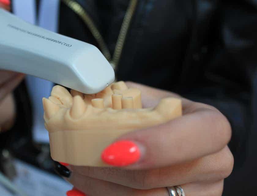 Nombres para laboratorios dentales