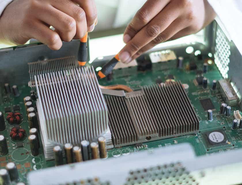 Noms d'atelier de réparation d'appareils électroniques
