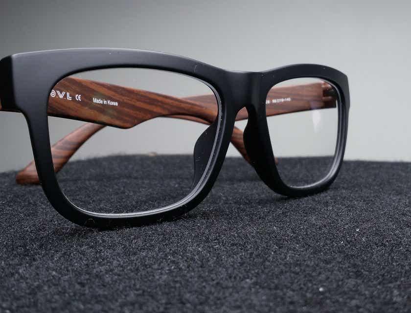 Eyewear & Opticians Business Names