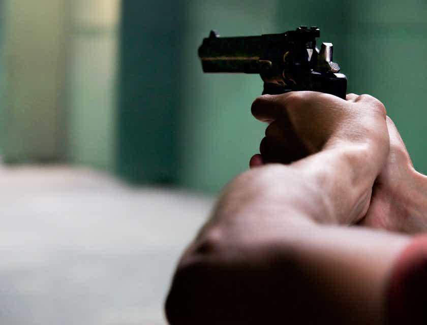 Nombres para empresas de entrenamiento con armas de fuego