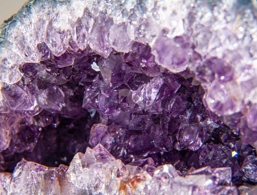 Nombres para negocios de piedras preciosas y minerales