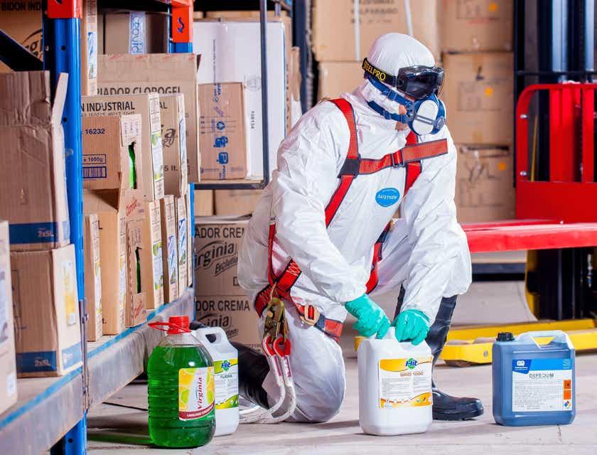 Nomes para empresas de coleta de resíduos perigosos