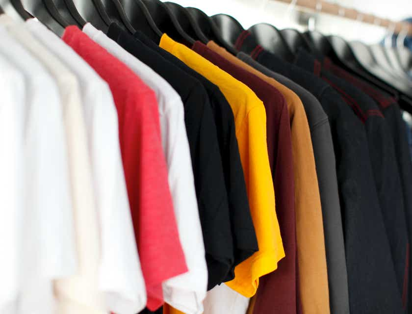 How to Start a T-Shirt Business
