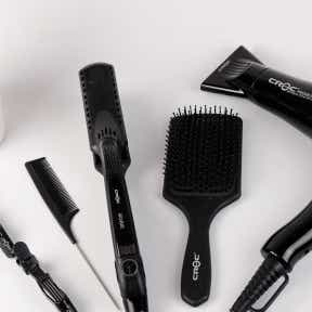 List words related to hairdressing tools and products.