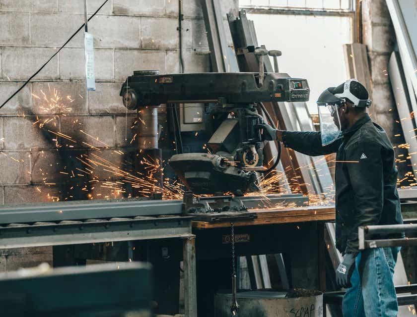 Nombres para empresas de fabricación de metales
