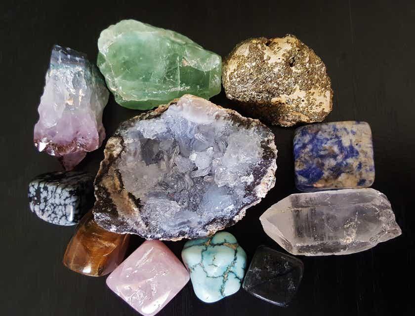 Nomes para lojas de pedras preciosas