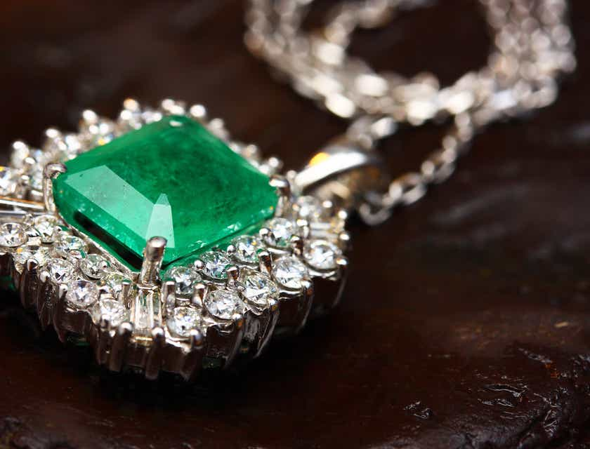 Nombres para negocios de joyas de jade