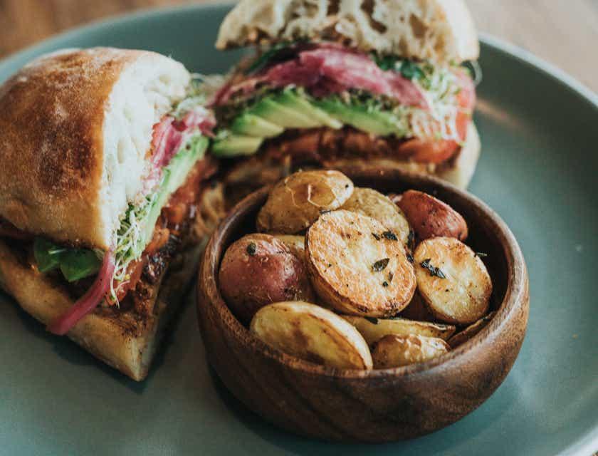 Nombres para negocios de sándwich de chola